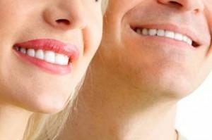 установка виниров на зубы цена